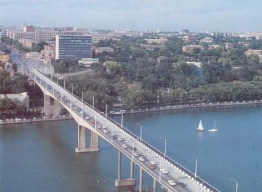 Ворошиловский мост в Ростове.